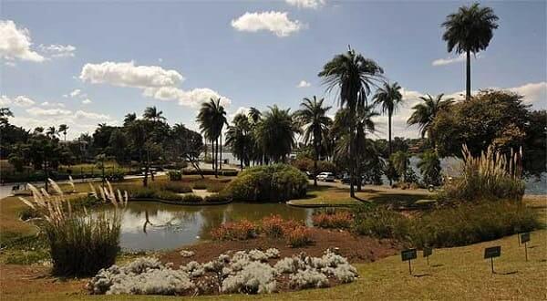 Igreja da Pampulha: jardim criado por Roberto Burle Marx
