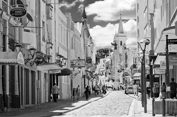 Urbanismo em Curitiba: ruas no centro (foto: Pixabay)