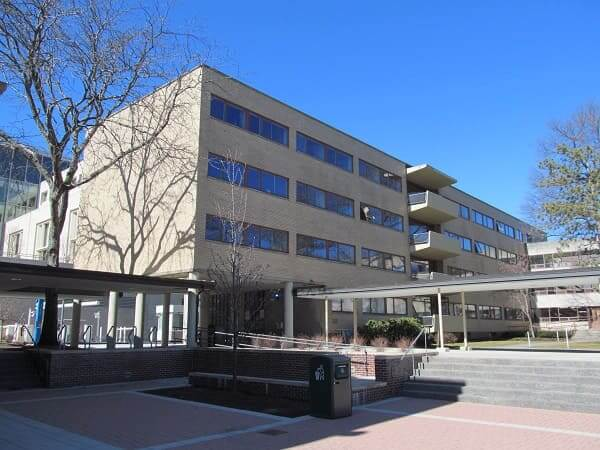 Principais Obras de Walter Gropius: Harvard Graduate Center