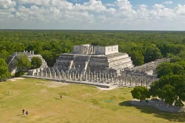As sete maravilhas do mundo: Chichén Itzá - obra encontrada no sítio arqueológico