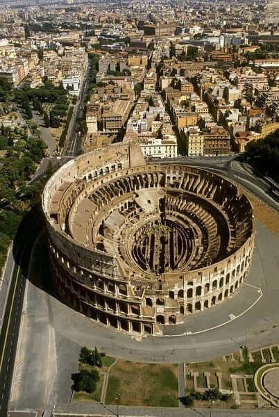 As sete maravilhas do mundo: Coliseu de Roma - vista aérea