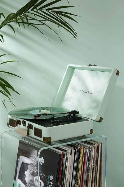 Neo Mint em objetos deixa a decoração moderna (foto: Pinterest)