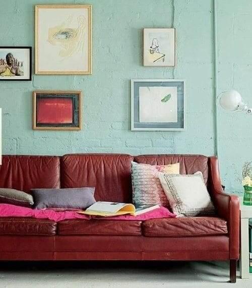 Neo Mint em parede de tijolinhos (foto: Pinterest)