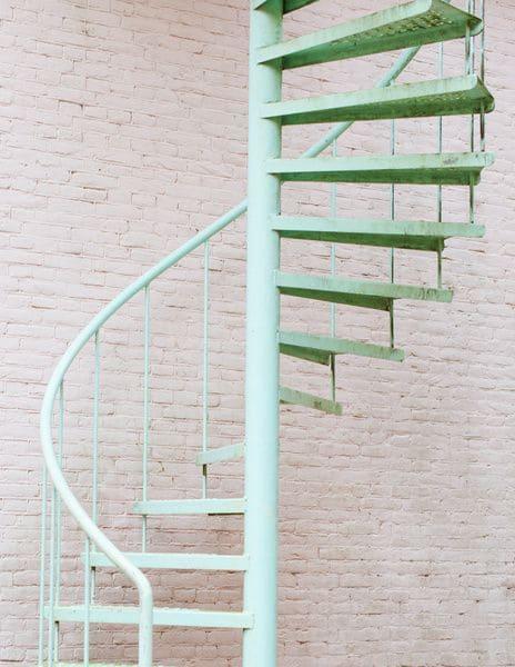 Neo Mint: escada helicoidal (foto: Pinterest)