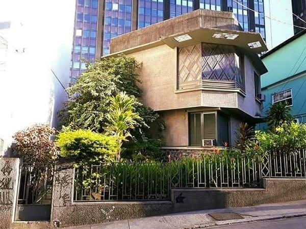Casas Antigas: casa de arquitetura Art Decó localizada em Laranjeiras, Rio de Janeiro (foto: Rio - Casas e Prédios Antigos)