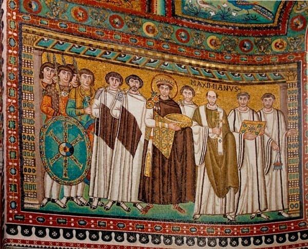 Mosaico bizantino: Justiniano e Teodora em San Vitale de Ravenna