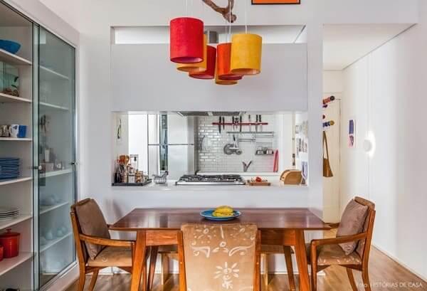Passa prato com cooktop (foto: Viajando no Apê)