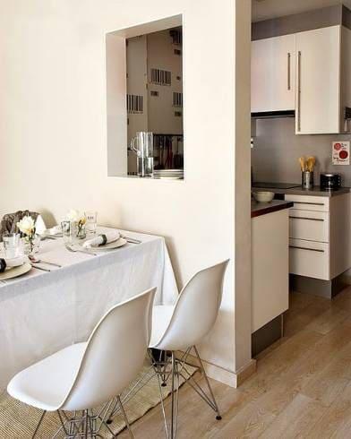 Passa prato simples serve como apoio de objetos e traz ventilação (foto: casa e construção)