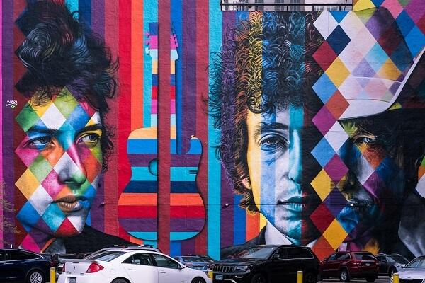 Kobra grafite: Bob Dylan, The Times They Are a-Changin. Minneapolis, Minnesota, EUA