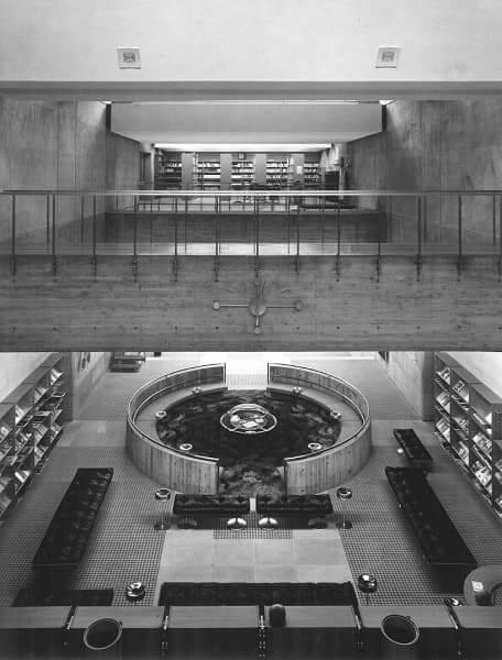 Arata Isozaki: Biblioteca Municipal de Õita (foto: 44 arquitetura)