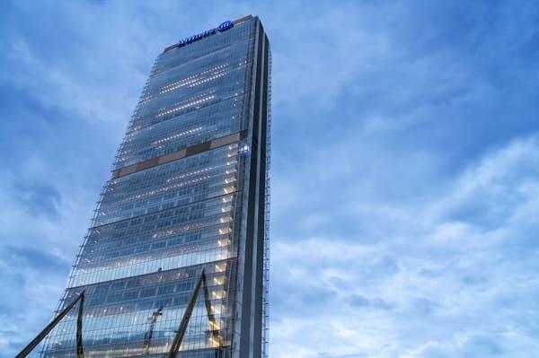 Arata Isozaki: Torre Allianz de Milão - Itália (foto: El País)