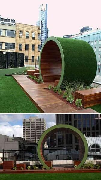 Mobiliário Urbano: banco com cobertura e área verde (foto: Pinterest)