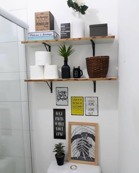 Parede de Quadros: em banheiro (foto: Pump up decor)