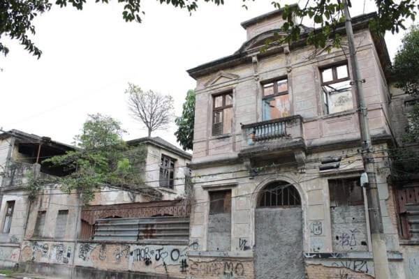 Conjunto de viviendas: vieja escuela de Vila Maria Zélia (foto: Wikimédia)