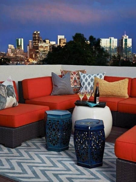 Círculo Cromático: cores complementares - garden seat azul e laranja (foto: Viva Decora)