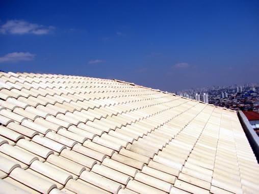 Isolante térmico: telhas cerâmicas claras (foto: AECweb)