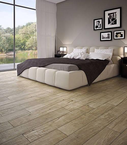 Piso para quarto porcelanato com aparência de madeira (foto: Pinterest)