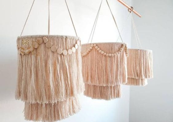 Tipos de tapeçaria: tapeçaria em luminária (foto: Revista Artesanato)