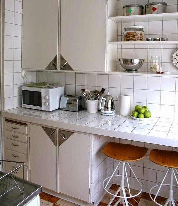 6. Balcão de cozinha de alvenaria com azulejo branco (foto: Dica da Arquiteta)