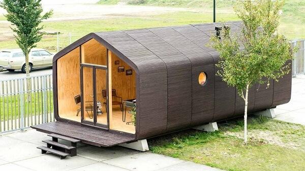 A arquitetura modular da Wikkelhouse mostra que a resistência do papelão é capaz de dar vida à moradia