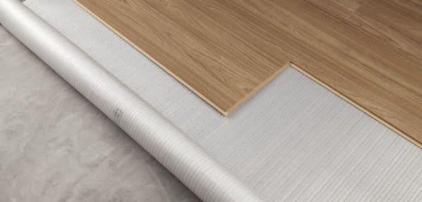 Como colocar piso: manta de piso laminado (foto: Lig Pisos)