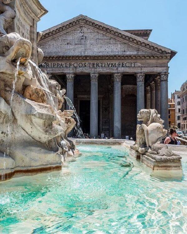 O Panteão Roma é considerado a obra arquitetônica mais bem preservada da Roma Antiga