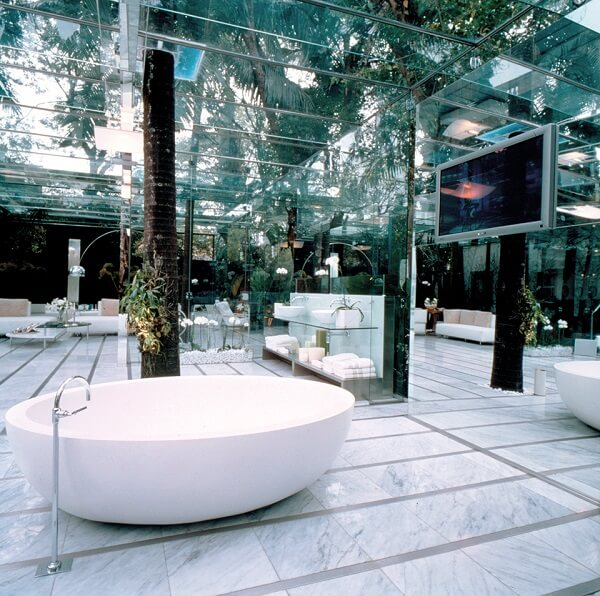 Projeto Brunete Fraccaroli: Jardim de Vidro desenvolvido para o Espaço Deca