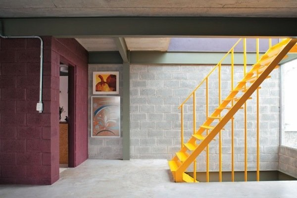 Projeto com concreto aparente textura colorida