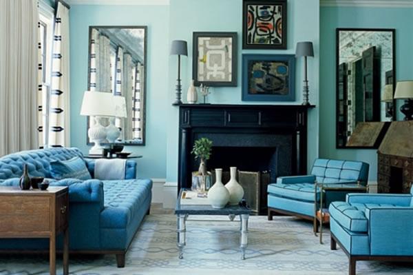 Tendências de Arquitetura e Design em 2021: sala com decoração monocromática na cor azul (foto: Lar Doce Lar)