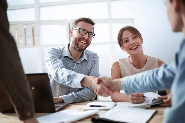 É nesse momento que a tomada de decisão é feita, pois o cliente se sente mais seguro em contratar os seus serviços