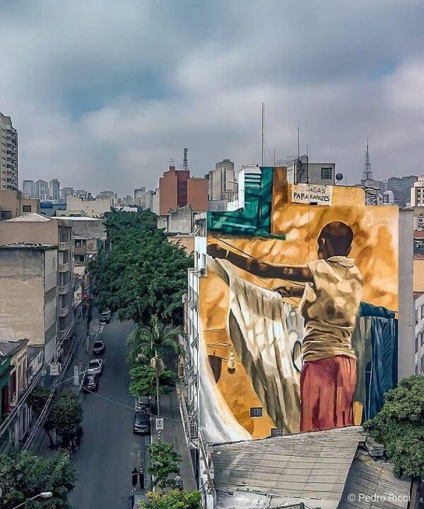 Arte urbana: mural do artista Diego Mouro na Rua Treze de Maio, Bixiga