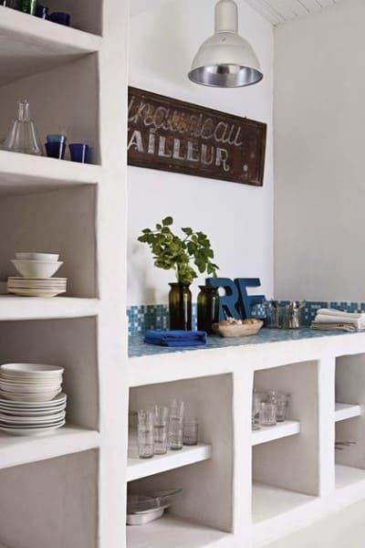 Móveis de alvenaria: cozinha com nichos (foto: Pinterest)