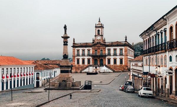 O centro histórico de Ouro Preto, localizado em Minas Gerais, também é considerado patrimônio histórico do Brasil