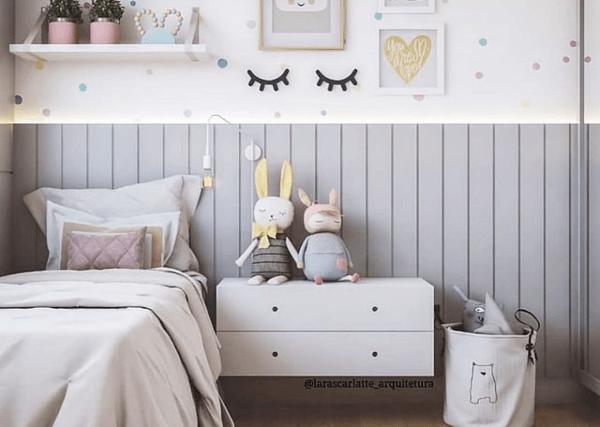 Lambris: quarto infantil com lambri cinza (foto: Pajaris)