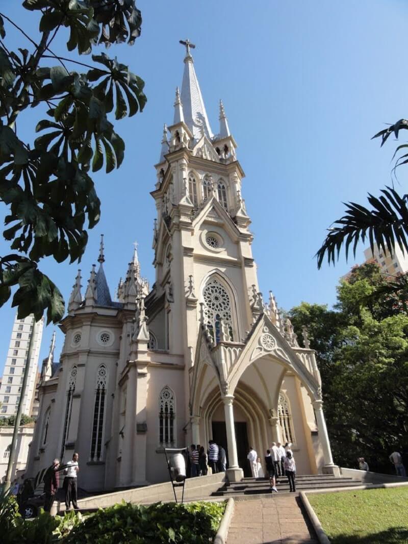 Arco ogival: Catedral Nossa Senhora da Boa Viagem, em Minas Gerais - Brasil. Fonte: Pinterest
