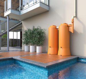 Cisterna de plástico rotomoldado com design moderno e colorido. Fonte: Tecnotri