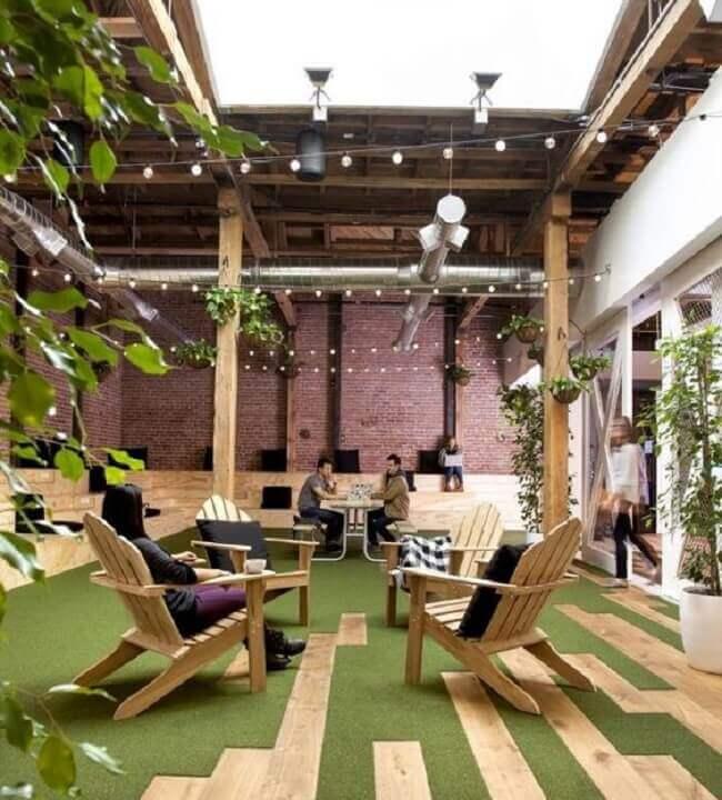 O design biofílico favorece a criação de espaços denominados como ambientes de descompressão. Fonte: Pinterest