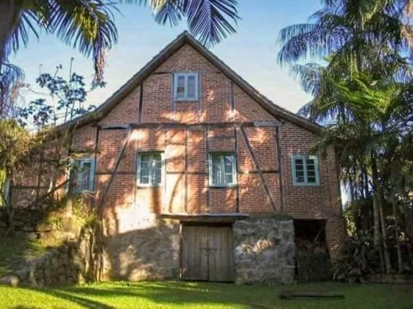 Casa enxaimel em Blumenau - SC (Foto: Waltraud Budag)