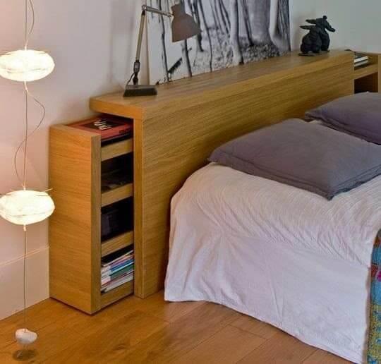 Móveis multifuncionais para quartos pequenos: cabeceira com armários embutidos (foto: DecorStyle)