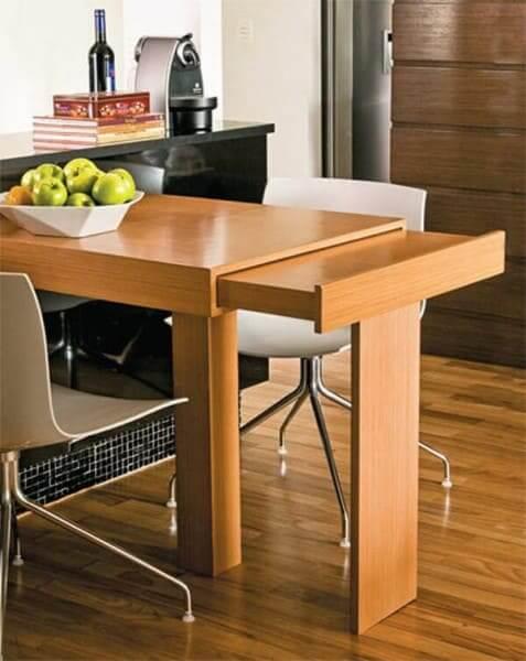 Móveis multifuncionais: mesa extensível (foto: Blog da Compose Revestimentos)