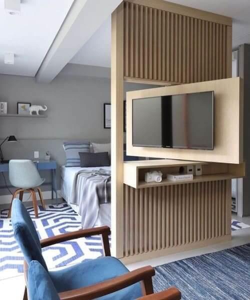 Móveis multifuncionais: painel giratório para TV (foto: Vobi)