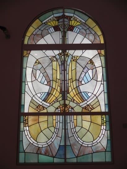 Vitrais: típico vitral Art Nouveau no Kunstpalast em Düsseldorf, na Alemanha (foto: Pinterest)