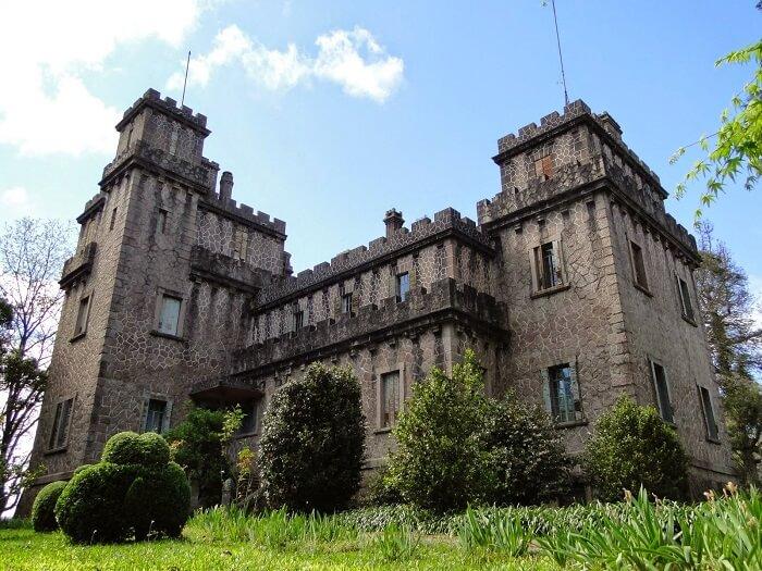 Castelos medievais no Brasil: Castelo de Pedras Altas. Fonte: Jornal Minuano
