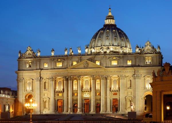 Ornamento: Arquitetura Renascentista - Fachada da Basílica de São Pedro (foto: Livio Andronico)