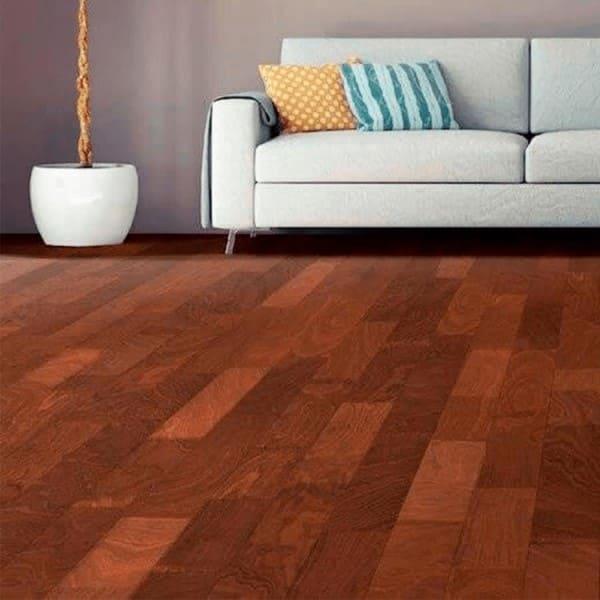 Assoalho de madeira na sala (foto: É Madel)