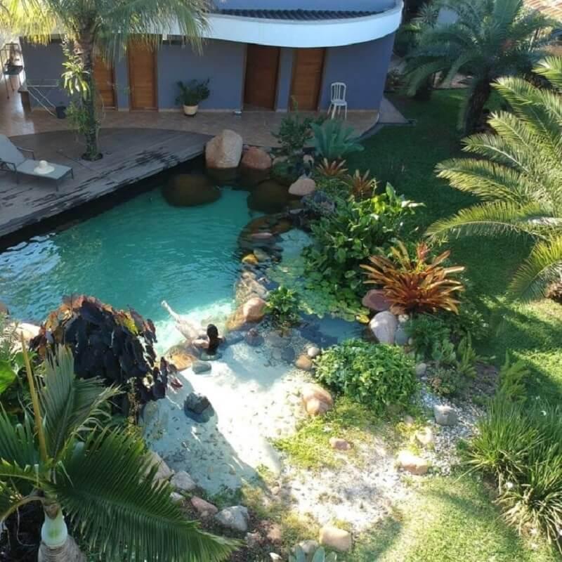 É difícil não se apaixonar pelo projeto de piscina biológica. Fonte: Natural Lagos
