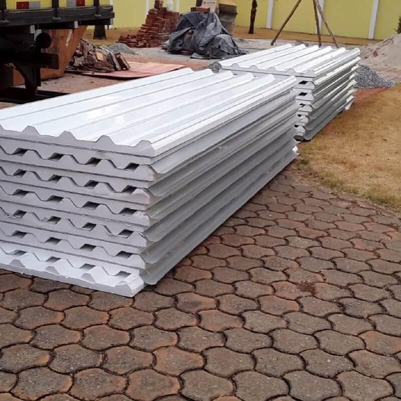 A telha isotérmica é uma alternativa inteligente para quem deseja melhorar o conforto térmico dentro do imóvel. Fonte: Pinterest