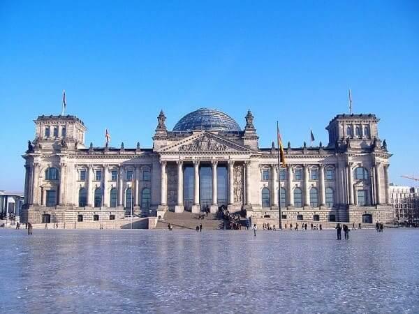 Arquitetura eclética: Palácio de Reichtag, Alemanha (foto: Wikipédia)