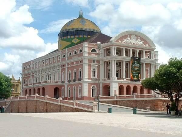 Arquitetura eclética: Teatro Amazona (foto: Wikipédia)