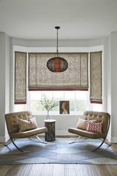 Bay Window com persiana e quadro (foto: Decor Fácil)